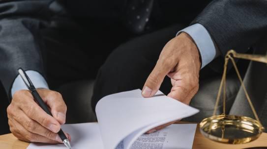 SEPARAZIONE E DIVORZIO: LA CORTE DI CASSAZIONE DETTA LE LINEE GUIDA PER LA DETERMINAZIONE DEGLI ASSEGNI MENSILI